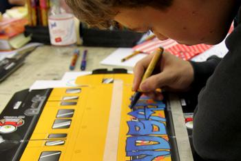 Kind malt Graffito