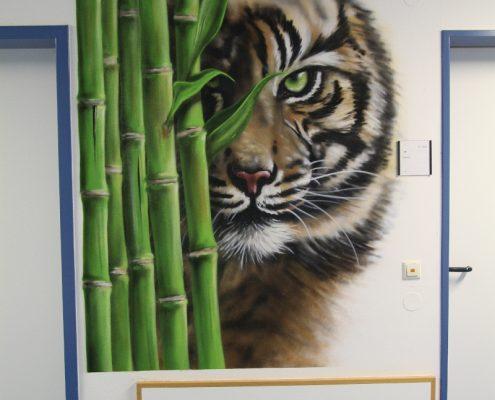 Tiger im Krankenhaus
