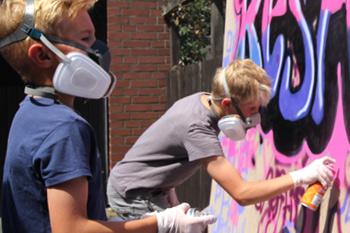 Kinder Graffitti